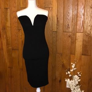 Dresses & Skirts - Black Bodycon Dress